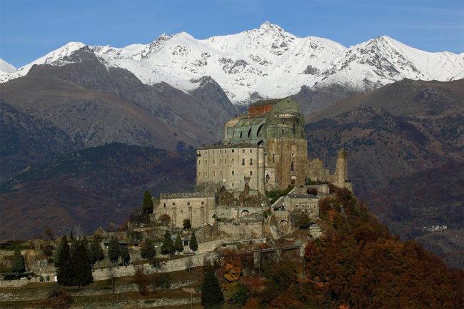 «Меч Архангела Михаила» Сакра ди Сан-Микеле (Италия)
